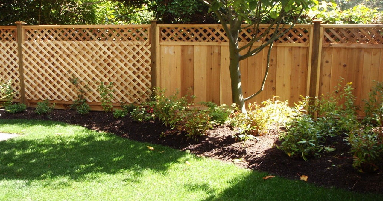 Five Tips on Selecting a Fence for Your Home