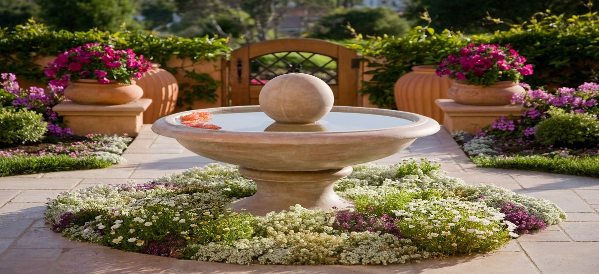 Adding colorful plants to your landscaping design